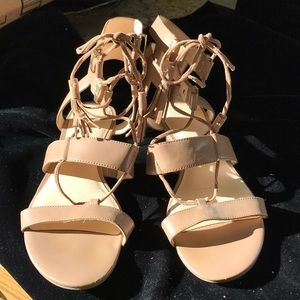 Nine West taupe lace up sandals gold hard wear